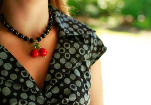 CherryVelvet_Necklace_CherryCola